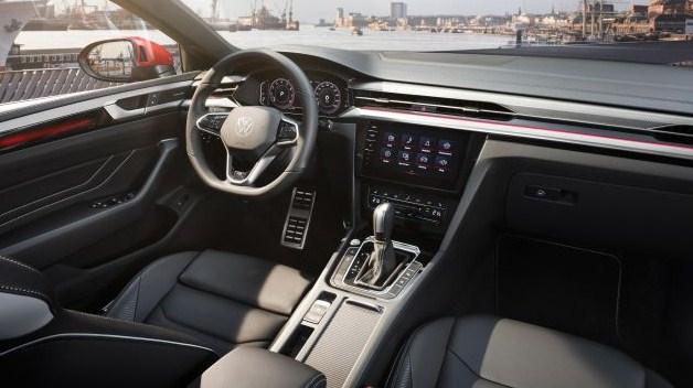 Volkswagen Arteon facelift ra mắt tại Malaysia